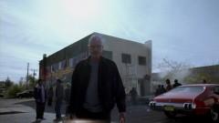 Flashforward: Walt exits Tuco's building