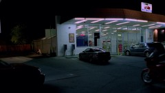 Walt and Jesse meet at a convenience store.