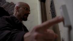 Walt pays Jesse a visit.