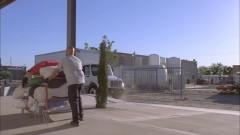 Walt sneaks into the laundromat.