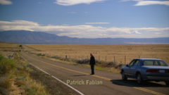 Mike meets with Gus, out in the middle of nowhere